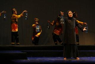 Pertunjukan Tanah Perempuan di Gedung Kesenian Jakarta